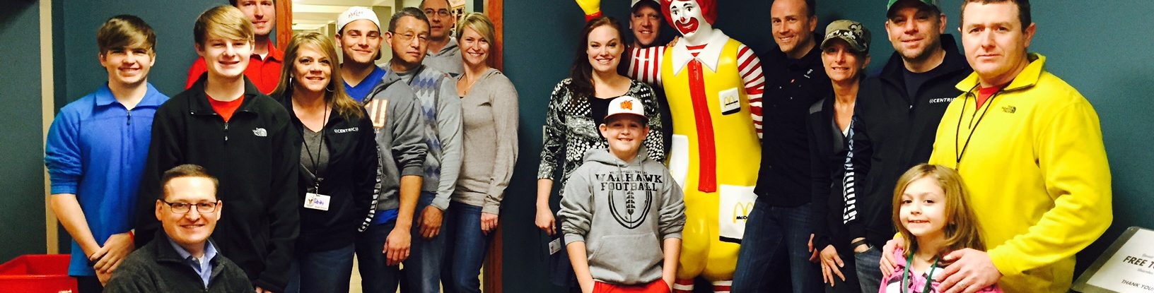 centric columbus volunteers with ronald mcdonald house